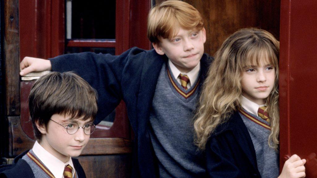 Первый фильм о Гарри Поттере стал миллиардером спустя почти 20 лет после премьеры