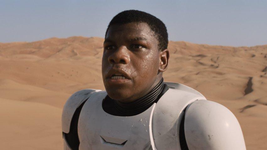 Джон Бойега остался недоволен тем, как обошлись с его героем Финном в «Звездных войнах»