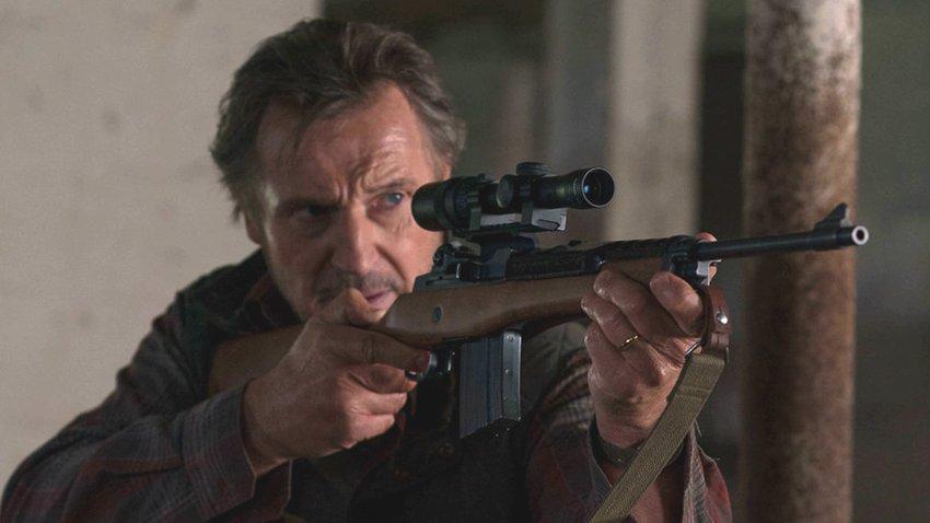 Лиам Нисон стал снайпером и противостоит наркокартелю в трейлере фильма «Заступник»