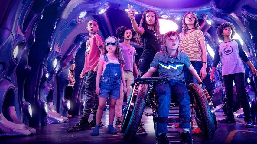 Дети-супергерои спасают родителей-супергероев в трейлере «Мы можем быть героями»