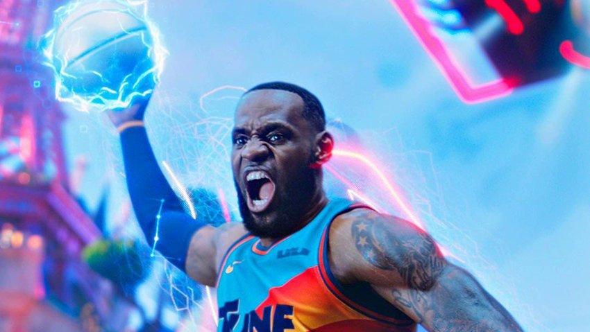 Баскетболист Леброн Джеймс сделал черный пиар фильму «Космический джем: Новое поколение»