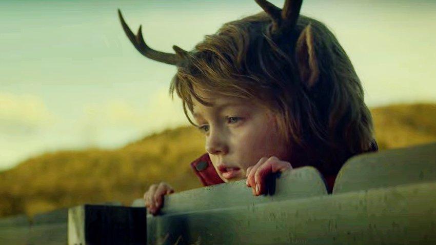 Новый сериал Netflix «Sweet Tooth: Мальчик с оленьими рогами» получил 100% положительных отзывов