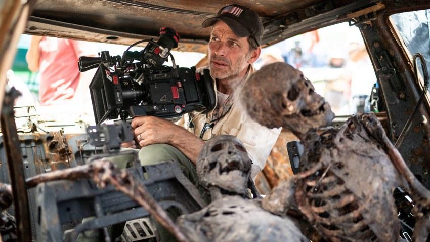Зак Снайдер бросил камень в огород Warner Bros. и расхвалил Netflix