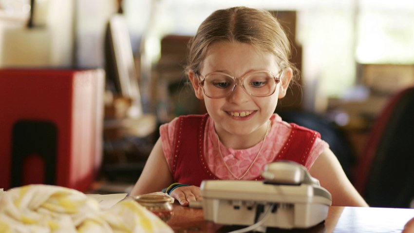 Маленькой Мисс Счастье уже 25! Какой выросла актриса и как сложилась ее карьера?