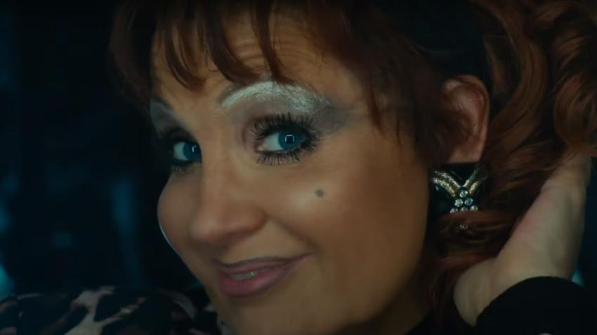 Джессика Честейн становится телеевангелисткой в трейлере байопика «Глаза Тэмми Фэй»