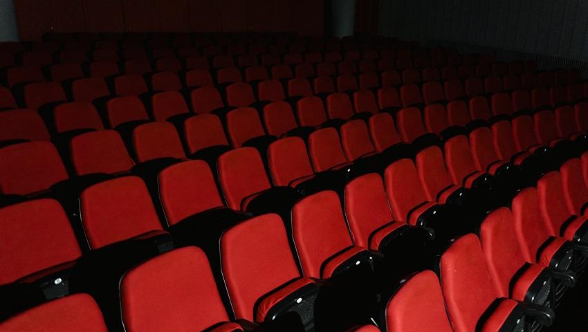 Корейские кинотеатры начали делать скидки вакцинированным посетителям