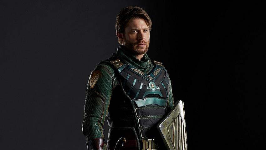 Дженсен Эклс предстал в образе супергероя Солдатика в промо к третьему сезону «Пацанов»