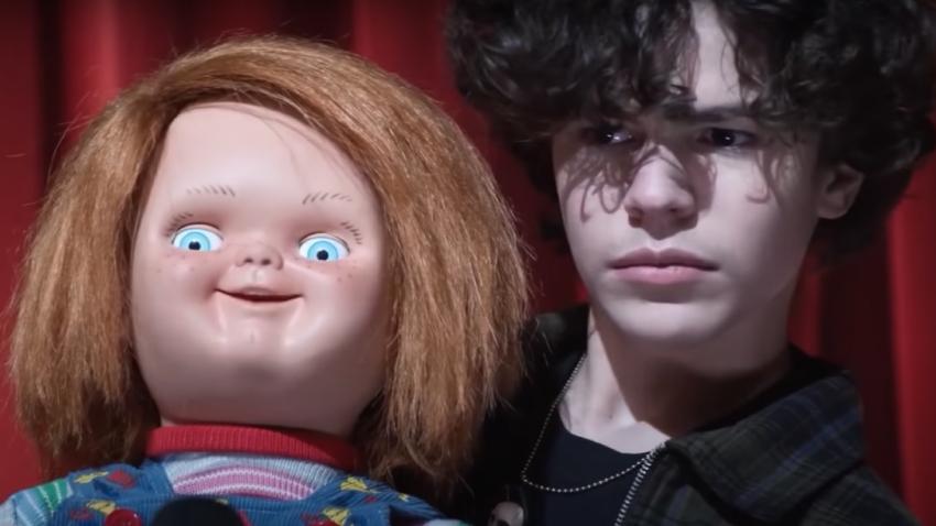 Кукла-убийца возвращается в трейлере сериала ужасов «Чаки»