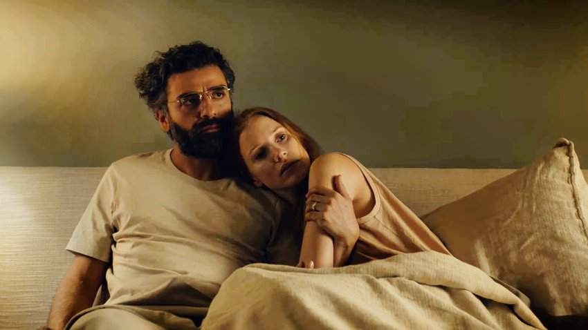 Оскар Айзек и Джессика Честейн переживают драму в русском трейлере сериала о семейных ценностях