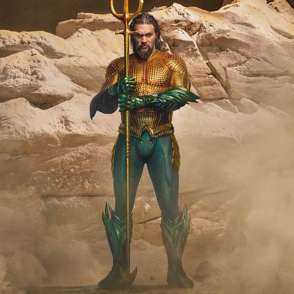 Джейсон Мамоа показал новый костюм Аквамена, который появится во второй части